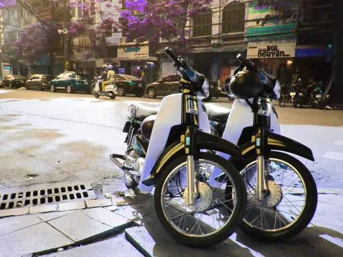 One of the main ways to travel around the city of Hanoi
